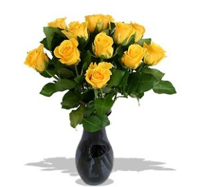 15 Shining Yellow Roses