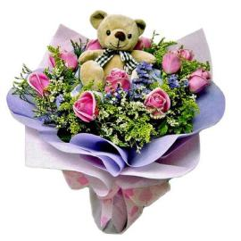 Bouquet of Pink Roses with Gift