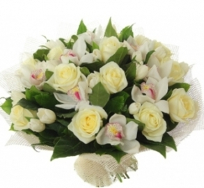 White Heaven Bouquet