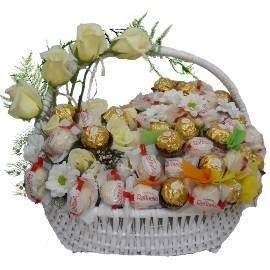 Luxurious Sweet Basket