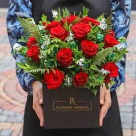 Корзина Шёлковых Красных Роз