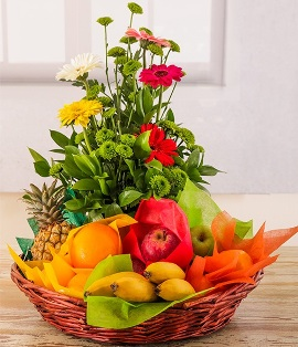 Mix of Fruits & Flowers
