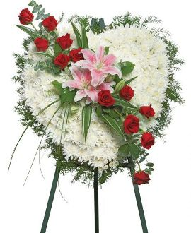 Fondest Memories Wreath