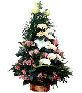 Современное цветочное дерево