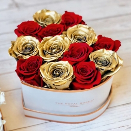 Red and Gold Roses Heart