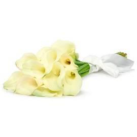 15 Elegant Callas Bouquet