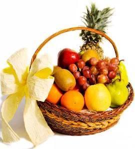 Gift Basket Of Fresh Fruits