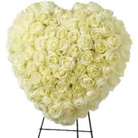 Heart-shaped White Roses Wreath