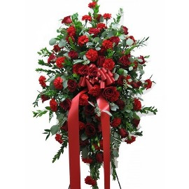 Natural Wreath Red Flowers