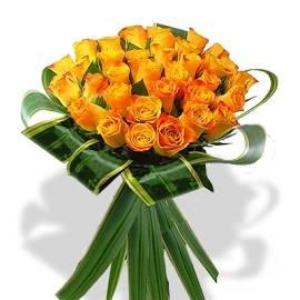 Pretty Bouquet of Orange Roses