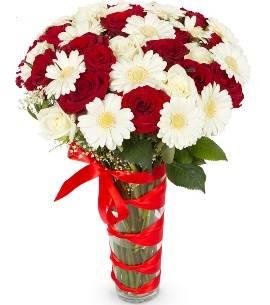 Red&White Arrangement