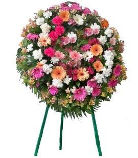Modern Memorial Wreath