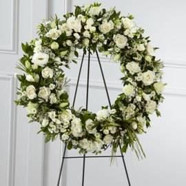 Траурный Венок из 125 Белых Цветов